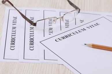 Une Carte De Visite Est Elle Necessaire Pour Recherche Demploi Ou Un Entretien Recrutement A Priori Le CV Simpose Bien Entendu Comme